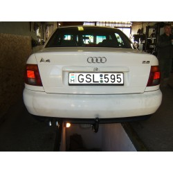 Audi A4 4a. vonóhorog