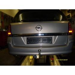 "Opel Astra ""H"" caravan vonóhorog"